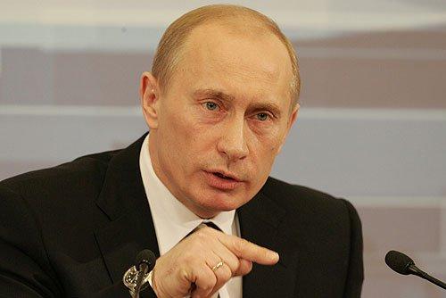 Putyin skizofrén utitársai
