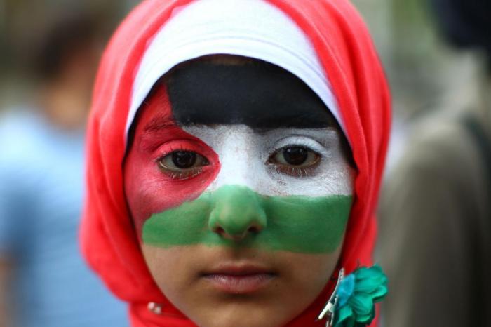 Miért rajonganak a nyugati baloldaliak a külföldi, jobboldali vallási szélsőségesekért ?